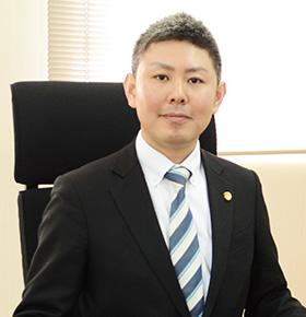 西村弁護士の写真